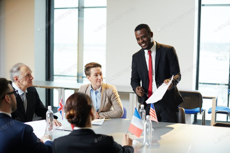 immigration lawyers immigration lawyers Foreign professionals can relocate to live and work in the U.S. CO7A5065